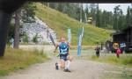 Tunturimaratonin voittaja Henri Ansion tuuletukset. Kuva: Kari Koskinen