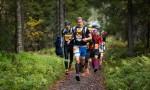3.10.2015 Koli, Vaarojen Maraton: 43km lähtö, Henri Ansio kärjessä heti lähdöstä saakka